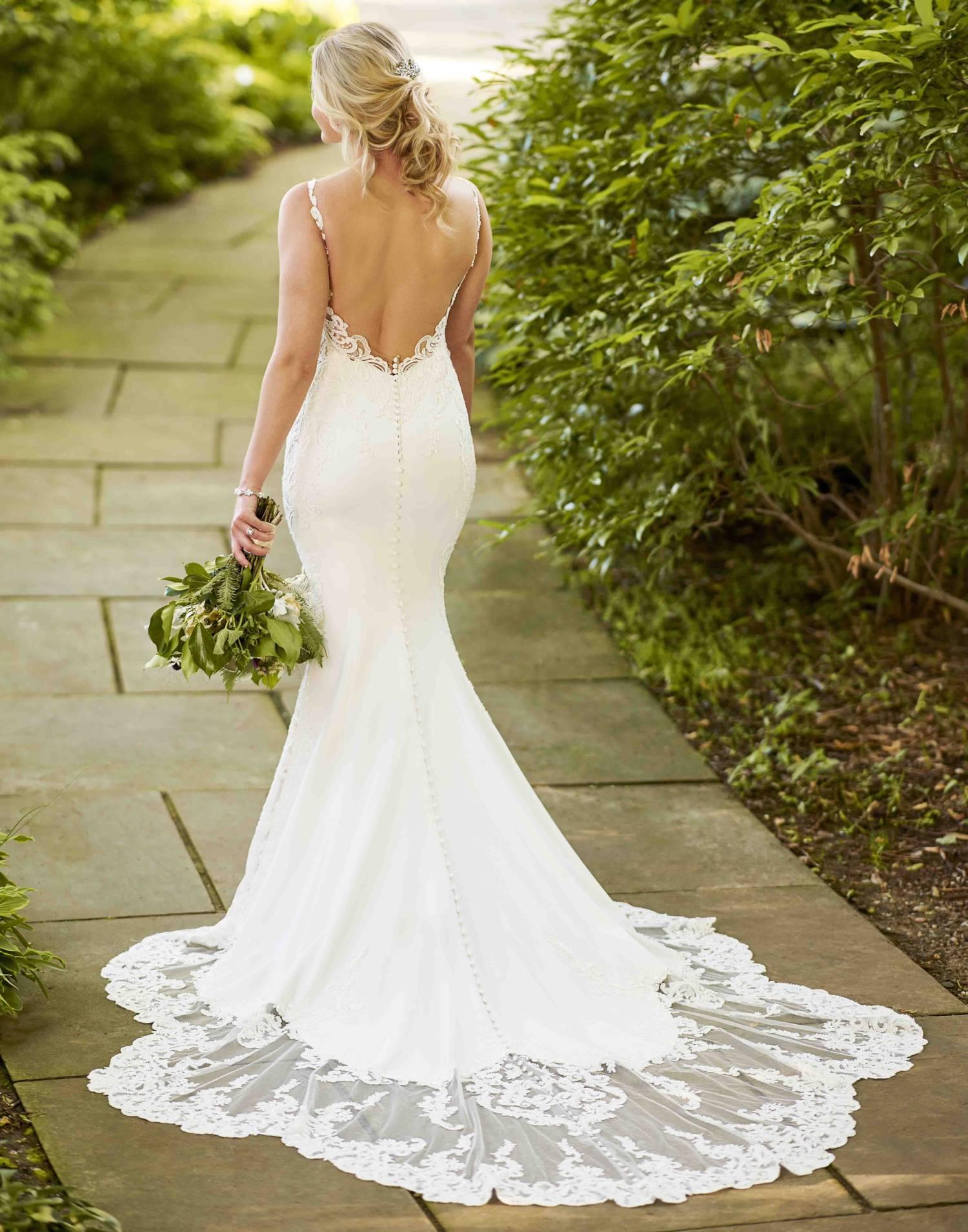 D2993- Essense of Australia Wedding Dress Collection – Front View